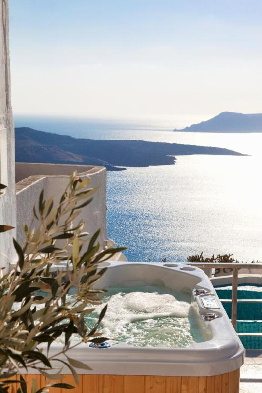 Santorini Stylish Villa with fantastic sea views - Image 1 - Fira - rentals