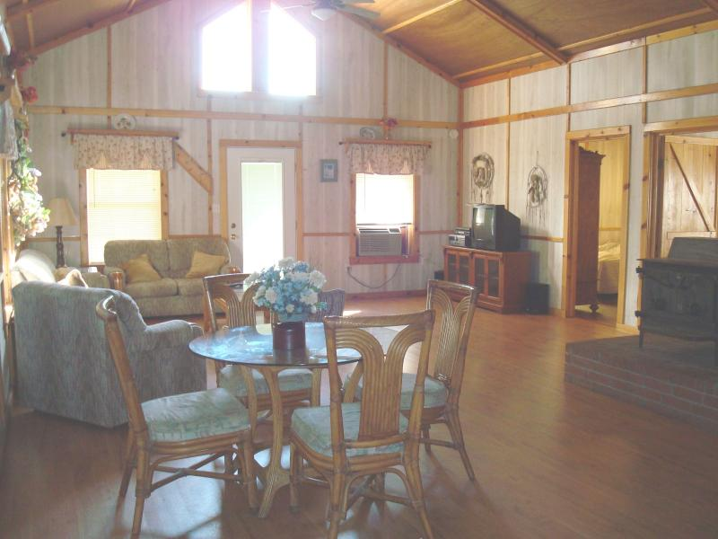 Lake Fort Smith Frontier Lodge - Image 1 - Mountainburg - rentals