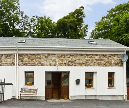 THE GRANARY , pet friendly, character holiday cottage, with a garden in Tramore, County Waterford, Ref 4659 - Image 1 - Tramore - rentals