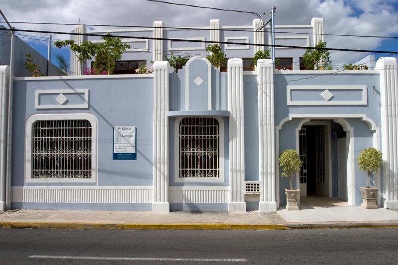 Facade of the Arabesque building - Perfect Merida Location and Luxury Too! - Merida - rentals