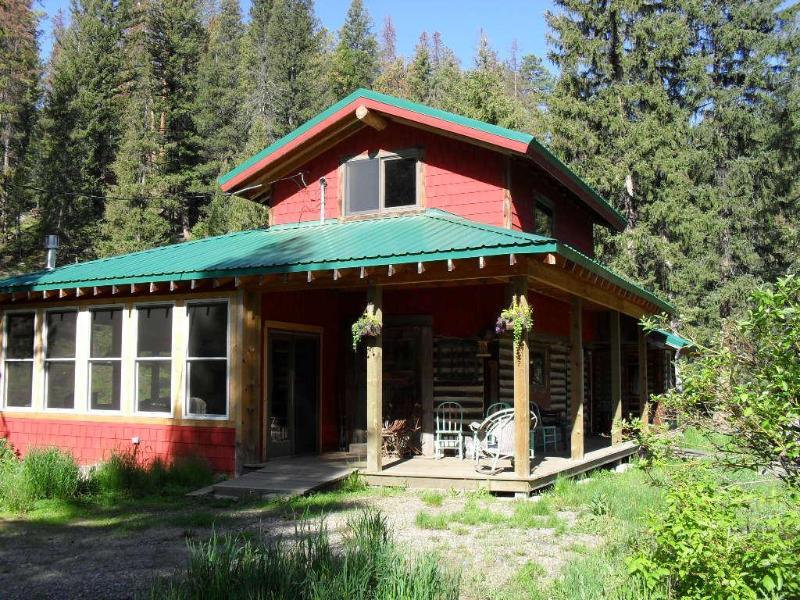 Creekfront Cabin - Image 1 - Helena - rentals