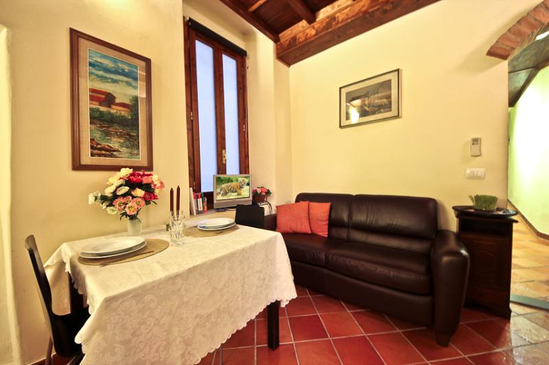 Cerchi Studio - Image 1 - Florence - rentals