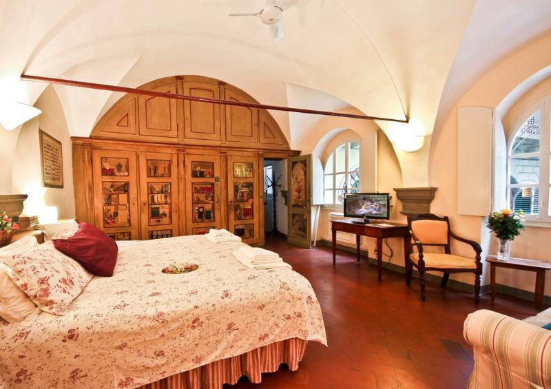 Romantic 1 Bedroom Rental in Florence - Image 1 - Florence - rentals