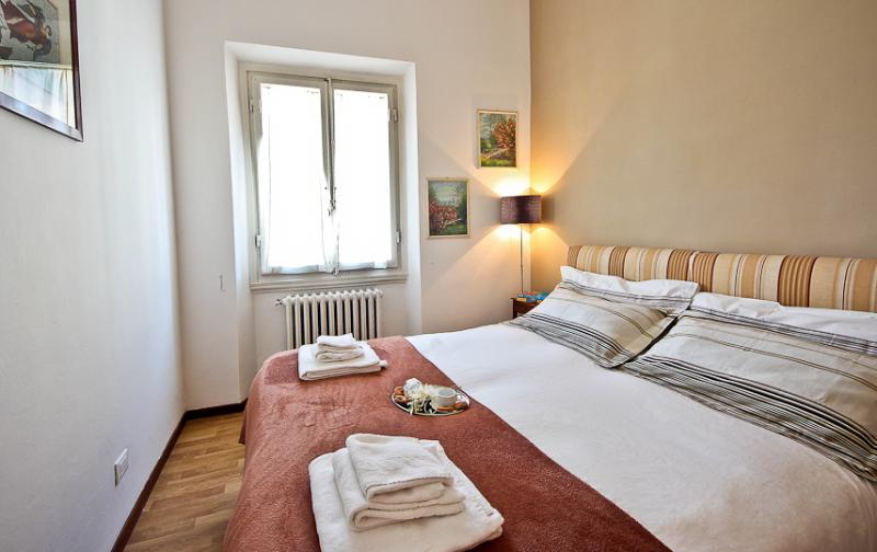 Luminous 1 Bedroom in the Heart of Florence - Image 1 - Florence - rentals