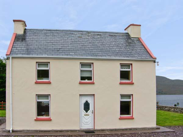 DERRIANA COTTAGE, pet friendly, with a garden in Waterville, County Kerry, Ref 7954 - Image 1 - Waterville - rentals