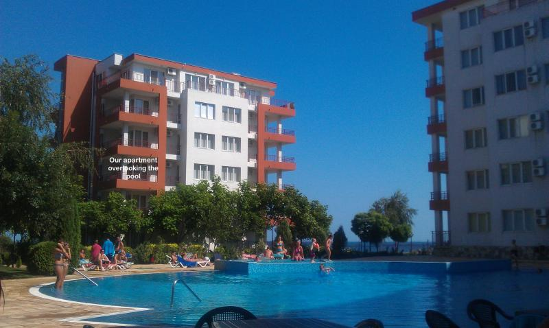 Apartment location overlooking the pool - Fab 1 Bed BeachFront Apt Ravda Nessebar Bulgaria - Ravda - rentals