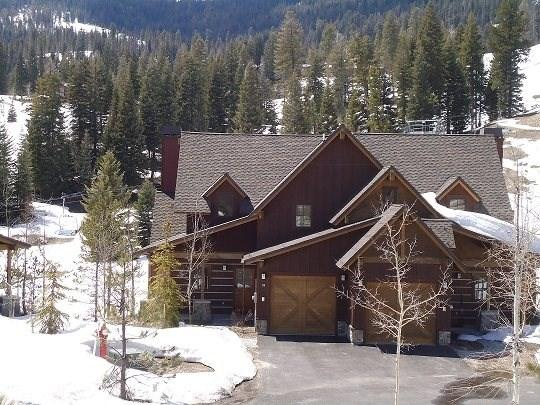 Winter ski-in/ski-out location and sunny views - Goldenbar 59 Three bedroom, Three Bath Townhome. WIFI. Sleeps 8-9 - Tamarack Resort - rentals