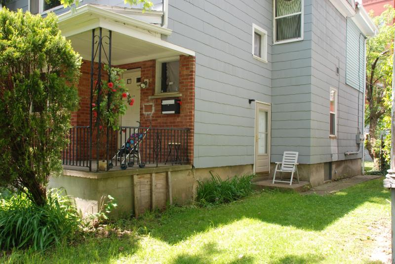 Outside of Home - Niagara Happy Home: 3 minutes from American Falls - Niagara Falls - rentals
