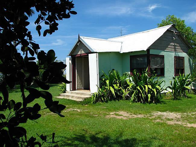 Folichon Cottage - Image 1 - Treasure Beach - rentals