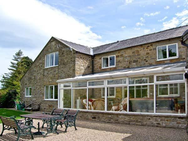 1 WHITFIELD BROW, pet friendly, country holiday cottage, with hot tub in Frosterley, Ref 8149 - Image 1 - Frosterley - rentals