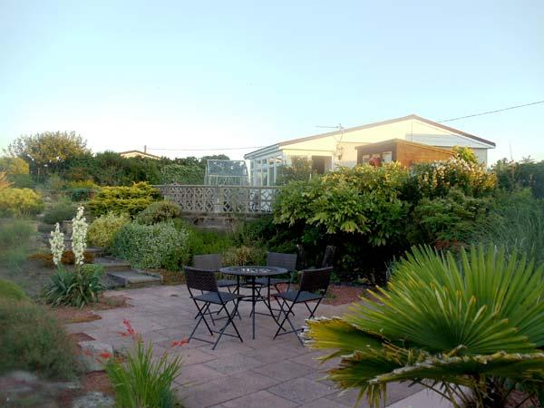 OYSTER CATCHER,pet friendly, with a garden in Southerness, Ref 8279 - Image 1 - Southerness - rentals