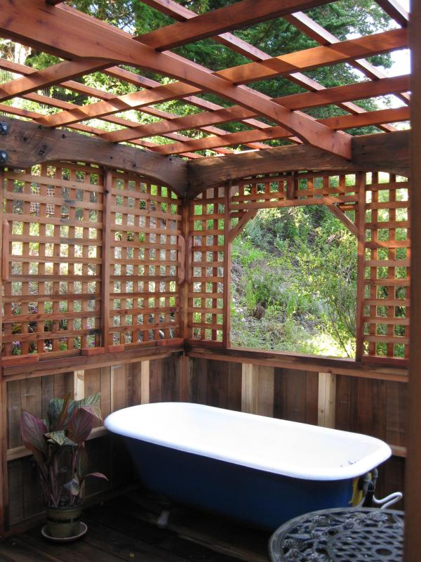 Redwood Garden Room with Clawfoot Soaking tub - Big Sur Craftsman Cabin w/Sauna - Big Sur - rentals