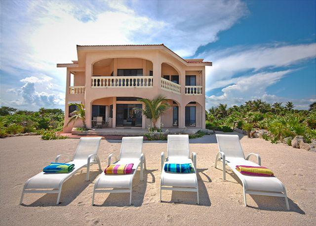 Casa Dena luxury beachfront villa on Tankah Bay - Beautiful 4 bedroom beachfront home with pool on Tankah Bay. - Felipe Carrillo Puerto - rentals