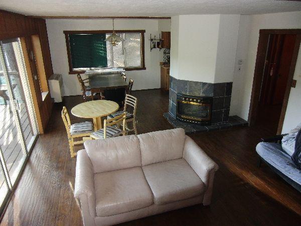 Living room - Center of everything, at none,  Hans Basecamp - Yosemite National Park - rentals