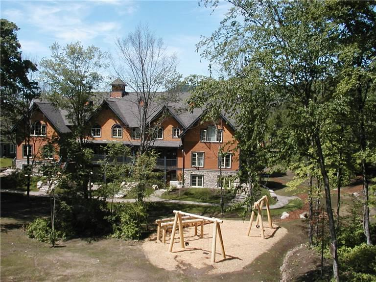 Idyllic House in Mont Tremblant (Les Manoirs 120-7) - Image 1 - Mont Tremblant - rentals