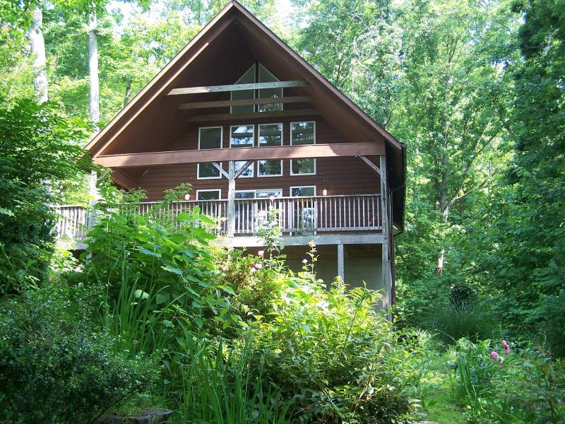Chalet In Summer - Desire Peace & Quiet? Romantic or Family Vacation! - Fairview - rentals