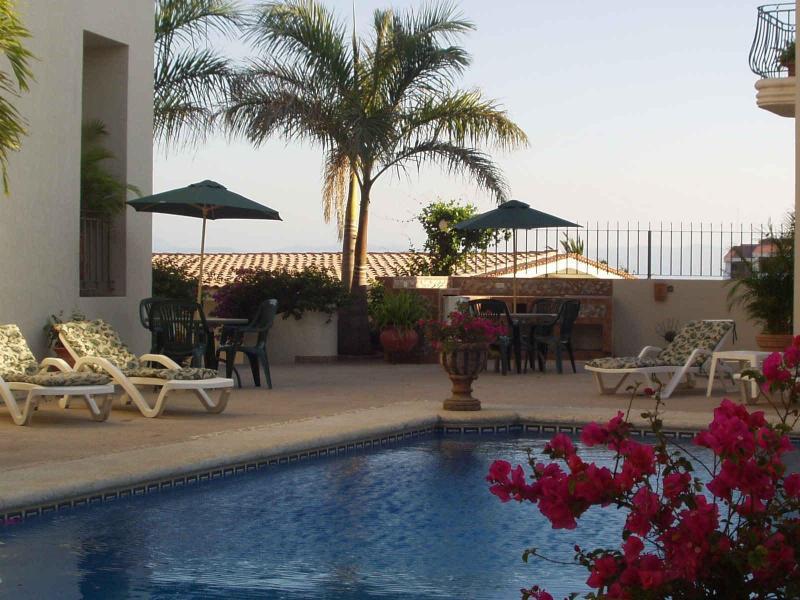 Poolside, Lounging Areas & Barbecue Area, Villas Gardenia - One Bedroom Villas, Private Terrace And Ocean View - Bucerias - rentals