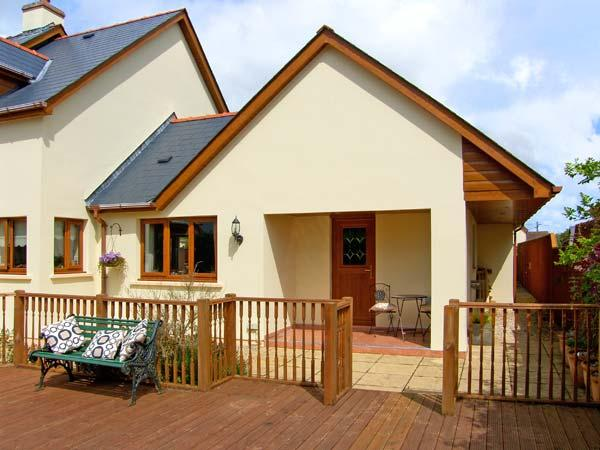 DEJA VU, romantic cottage in Cosheston, Ref 5100 - Image 1 - Cosheston - rentals