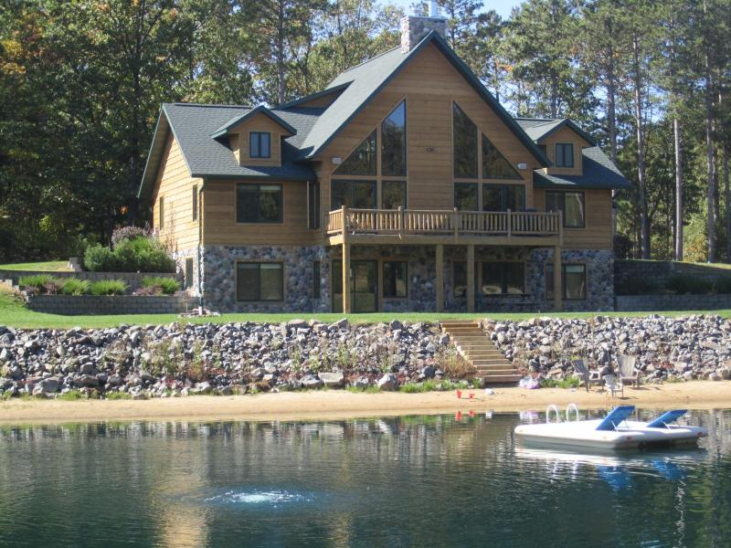Spacious Retreat Private Swimming and Fishing Pond - Image 1 - Wisconsin Dells - rentals