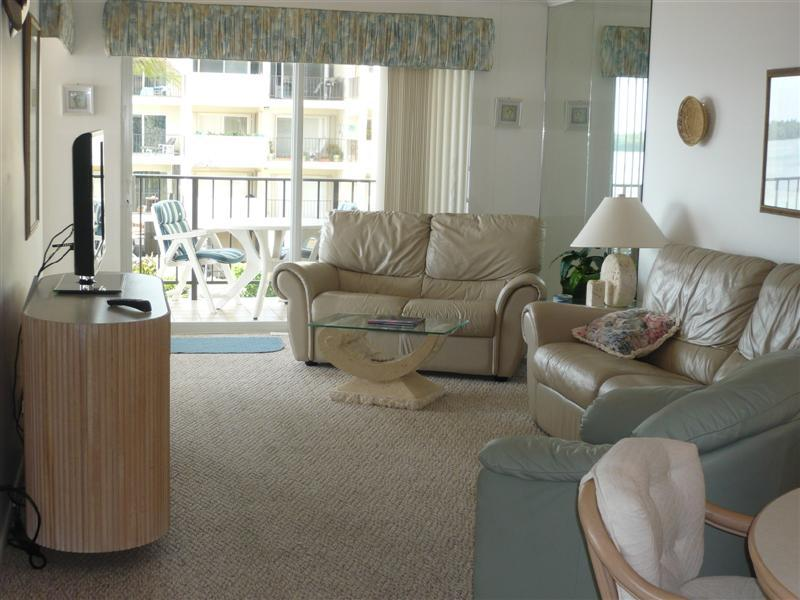 Living Room - THE PALMS 314 - Islamorada - rentals