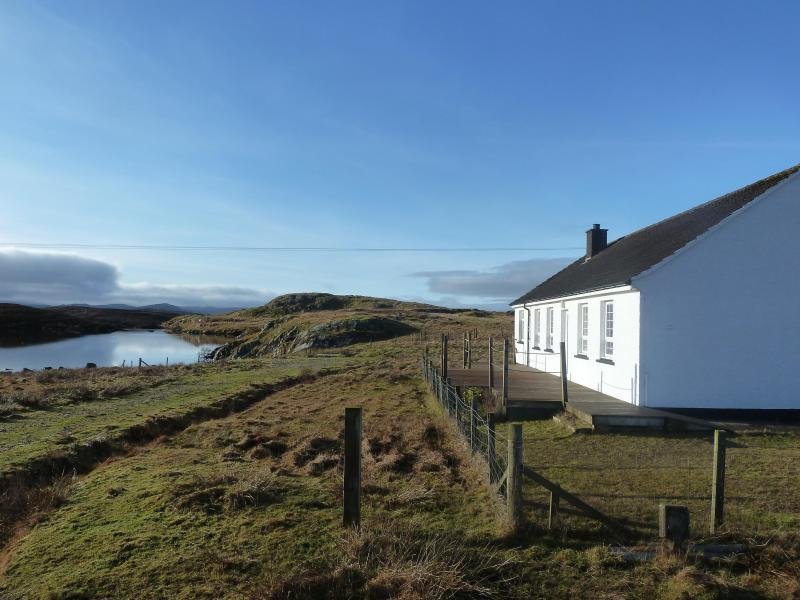 Lochan View Cottage - Lochan View Cottage, Beautiful Loch Side Setting - Isle of Lewis - rentals