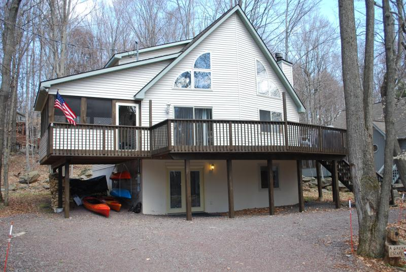 Springtime! - 1 summer week open!  Don't miss out! Book now! - Lake Ariel - rentals