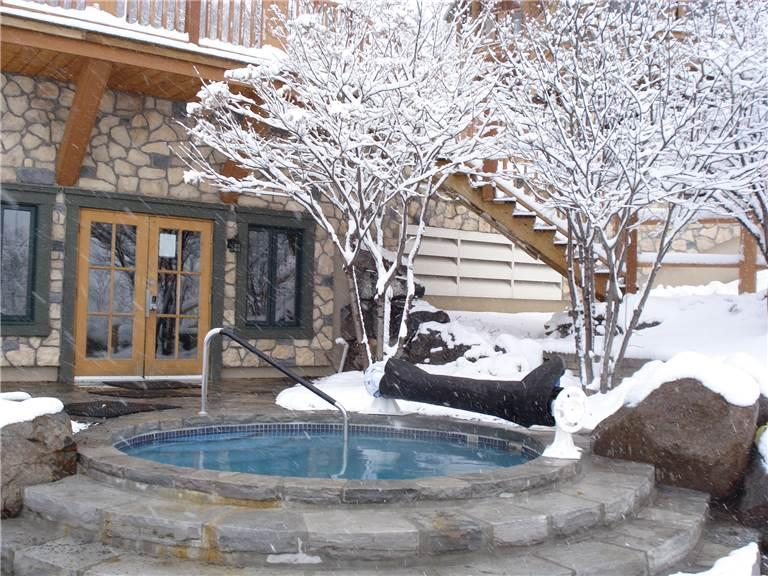 Beautiful House with 3 BR, 2 BA in Mont Tremblant (Equinoxe 152-5) - Image 1 - Mont Tremblant - rentals