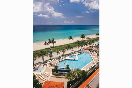 View from Master Suite - 2 Bedroom Beach Condo Right on Hollywood Beach FL - Hollywood - rentals