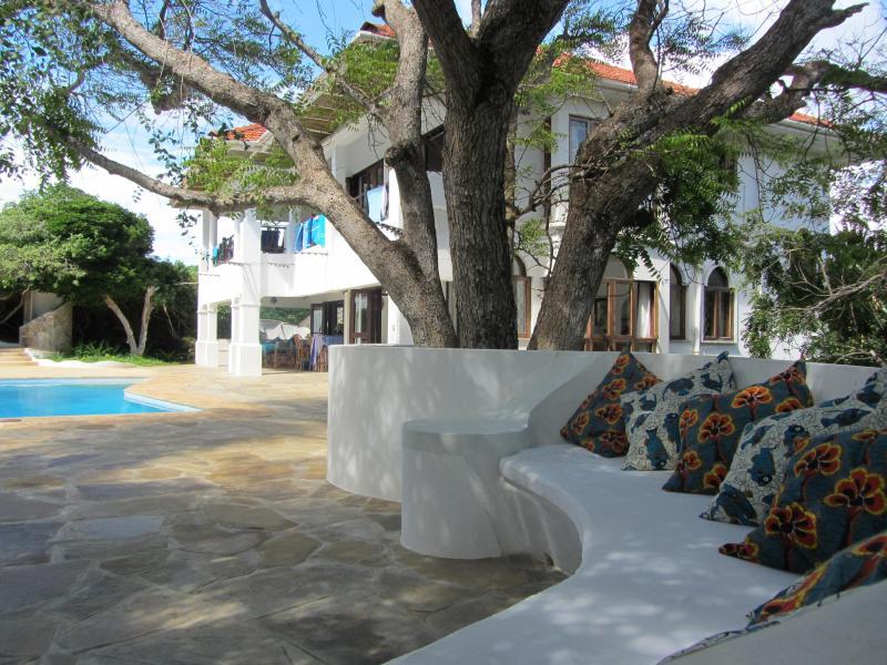 Spacious villa on Watamu's stunning beach - Image 1 - Watamu - rentals