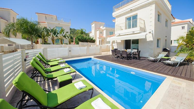Oceanview Villa 024 - 4 bed on a popular complex - Image 1 - Protaras - rentals