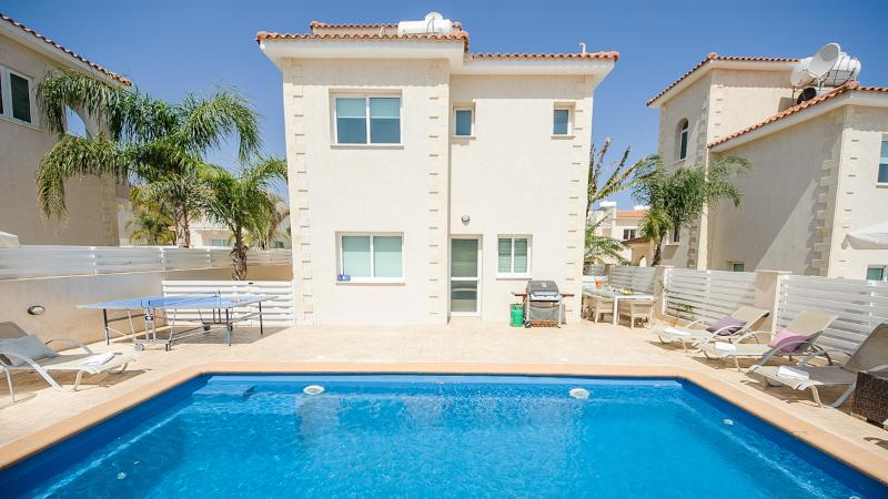 Oceanview Villa 059 - 4 bed with panoramic views - Image 1 - Protaras - rentals