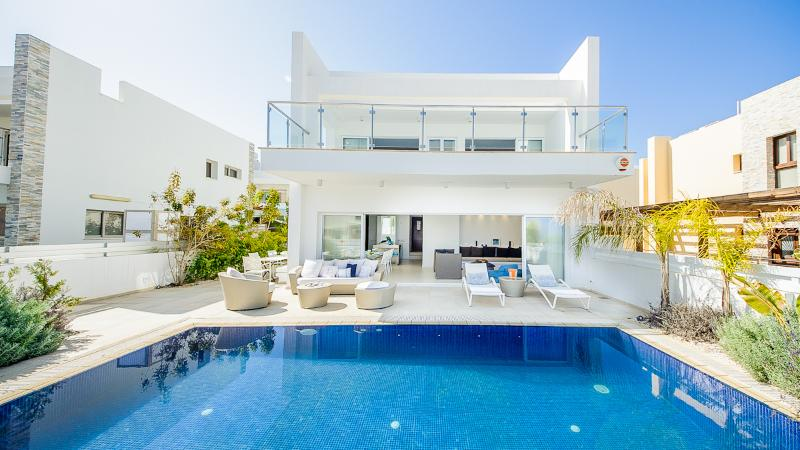 Oceanview Villa 100 - Modern & close to the beach - Image 1 - Protaras - rentals