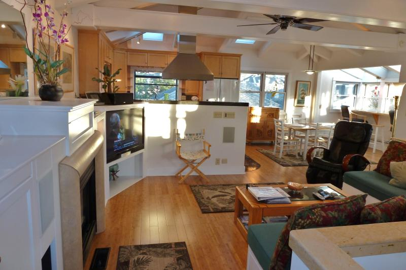 Living Area Upstairs - See Ocean - Santa Cruz Seabright Beach Home Central to All - Santa Cruz - rentals