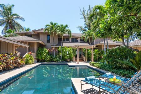 Home of the Hula Moon - Oceanfront Beauty including Private Courtyard Pool - Image 1 - Puako - rentals