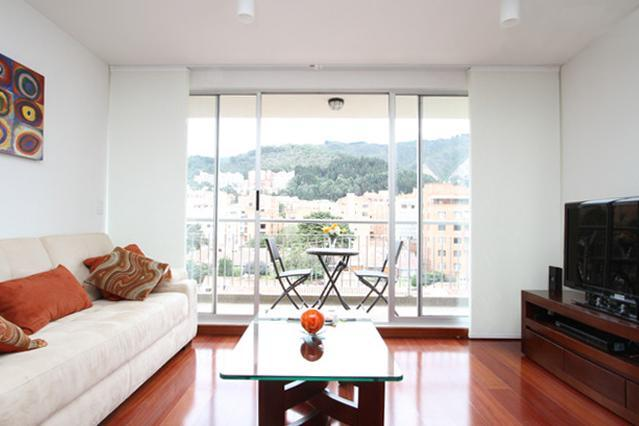 Unicentro. Excellent Location. Pool,Gym, Kidz Zone - Image 1 - Bogota - rentals