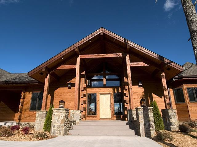 A Grand Entry - The White River Inn /A luxury lodge and B@B - Cotter - rentals