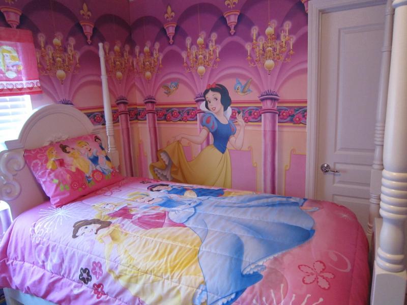 Princess Room - Windsor Hills NEW Luxury 6 Bedrm 4 bath Home - Kissimmee - rentals