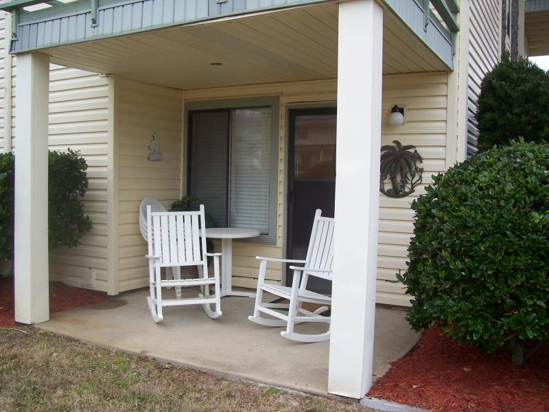 Great location for Dining or Cocktails - Sandprints, Sea and Sunshine - Miramar Beach - rentals