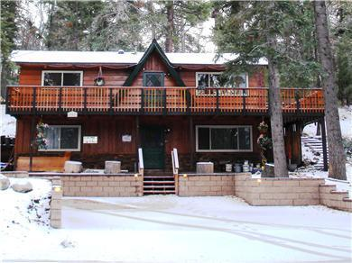 Front & Large Parking Lot  (1,700 sq. ft. House) - Big Bear Lake LaFinca/Moonridge-Discounts all Year - Big Bear Lake - rentals