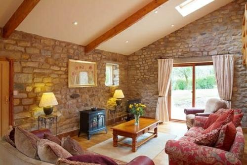 BEECH TREE COTTAGE, Forest of Bowland, Lancashire - Image 1 - Forest of Bowland - rentals