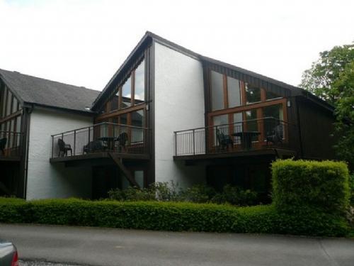 KESWICK BRIDGE 13, 2 Bedroomed, Keswick, Christmas week - Image 1 - Keswick - rentals