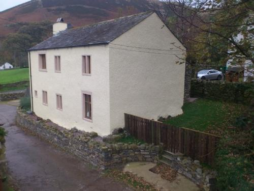 SCALES COTTAGE, High Lorton, Nr Cockermouth, Western Lakes - Image 1 - Cockermouth - rentals