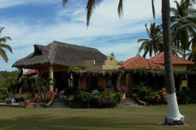 Beachfront Villa Del Mar - Tropical Beachfront Villa on Pristine Turtle Beach - Riviera Nayarit - rentals