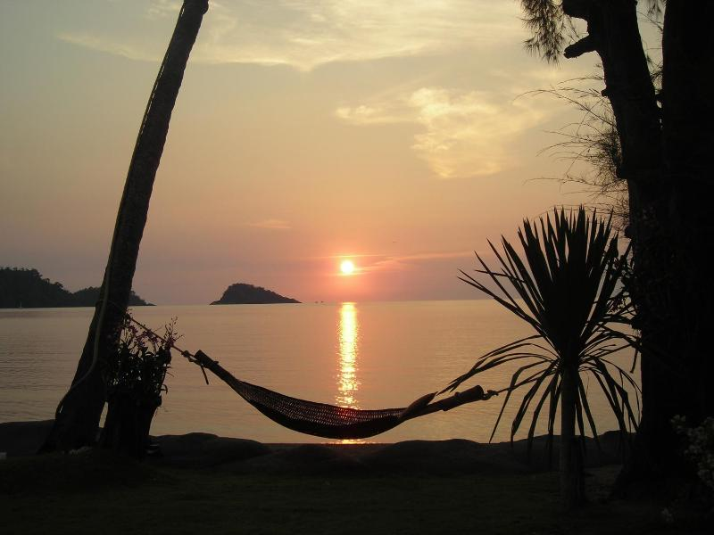 Sunset in the garden. - Exclusive Beach Front Villa on Koh Chang - Koh Chang - rentals