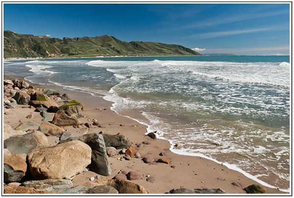 Front Yard - Great Beach Walks - Ocean Front House Faria Beach, near Santa Barbara - Ventura - rentals