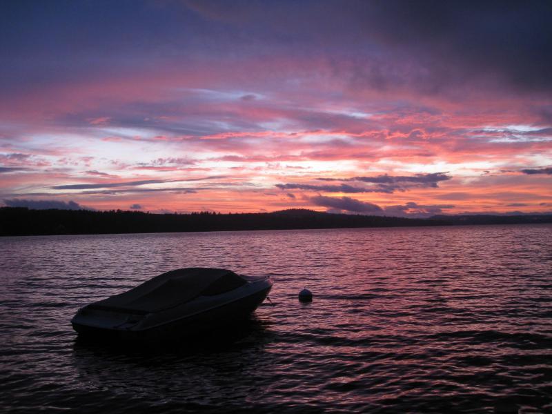 DOCK SUNSET OVER MT. WASHINGTON - Long Lake,Maine- Lakefront  Priv.Dock  Yr Rnd Home - Harrison - rentals