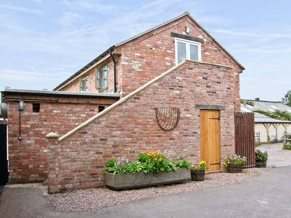 THE BARN, pet friendly, country holiday cottage, with open fire in Weston-Under-Redcastle, Ref 8325 - Image 1 - Shropshire - rentals