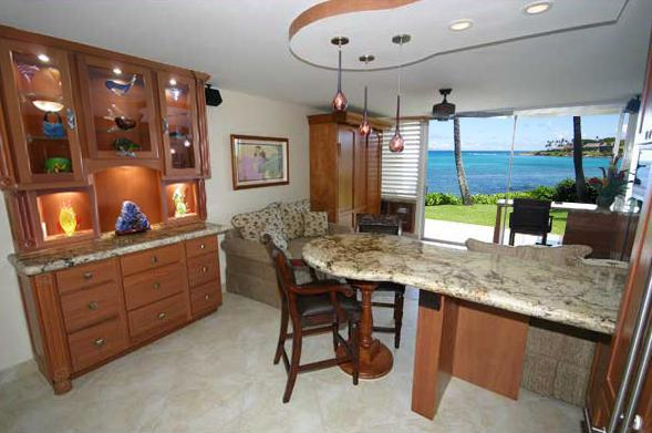 Completely Renovated Napili Shores - Enjoy Lighted Breakfront with Art Glass - July 18-20 $175/nt Napili Shores Oceanfront Luxury - Lahaina - rentals