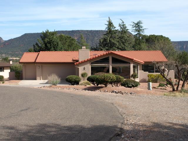 Front of House - Solar Powered 3 Bed Home w/ Amazing Red Rock View - Sedona - rentals