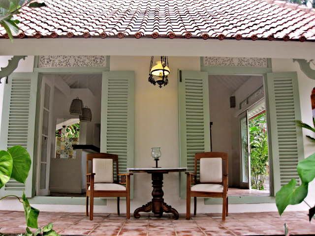 Living Room Verandah - Villa Manis Ubud, Charming and quiet 1BR Villa - Ubud - rentals